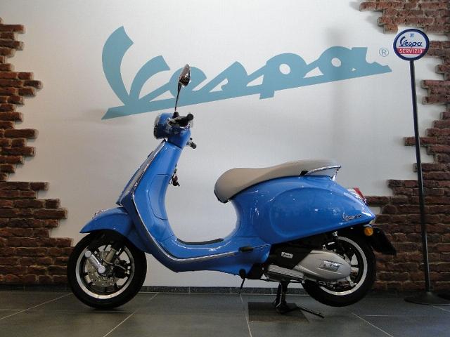 Acheter une moto PIAGGIO Vespa Primavera 125 ABS iGet 50th Anniversary NEU! neuve