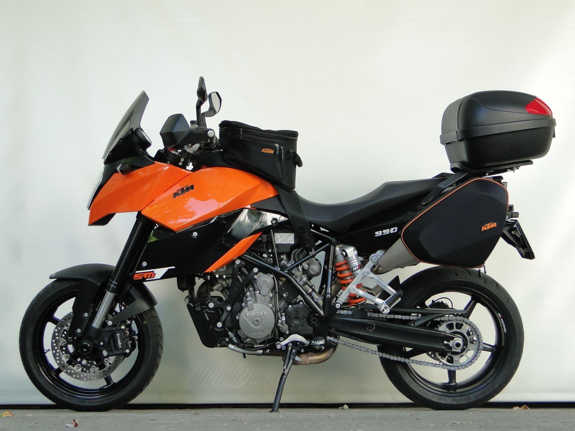 moto occasioni acquistare ktm 990 supermoto t hobi moto ag winterthur. Black Bedroom Furniture Sets. Home Design Ideas