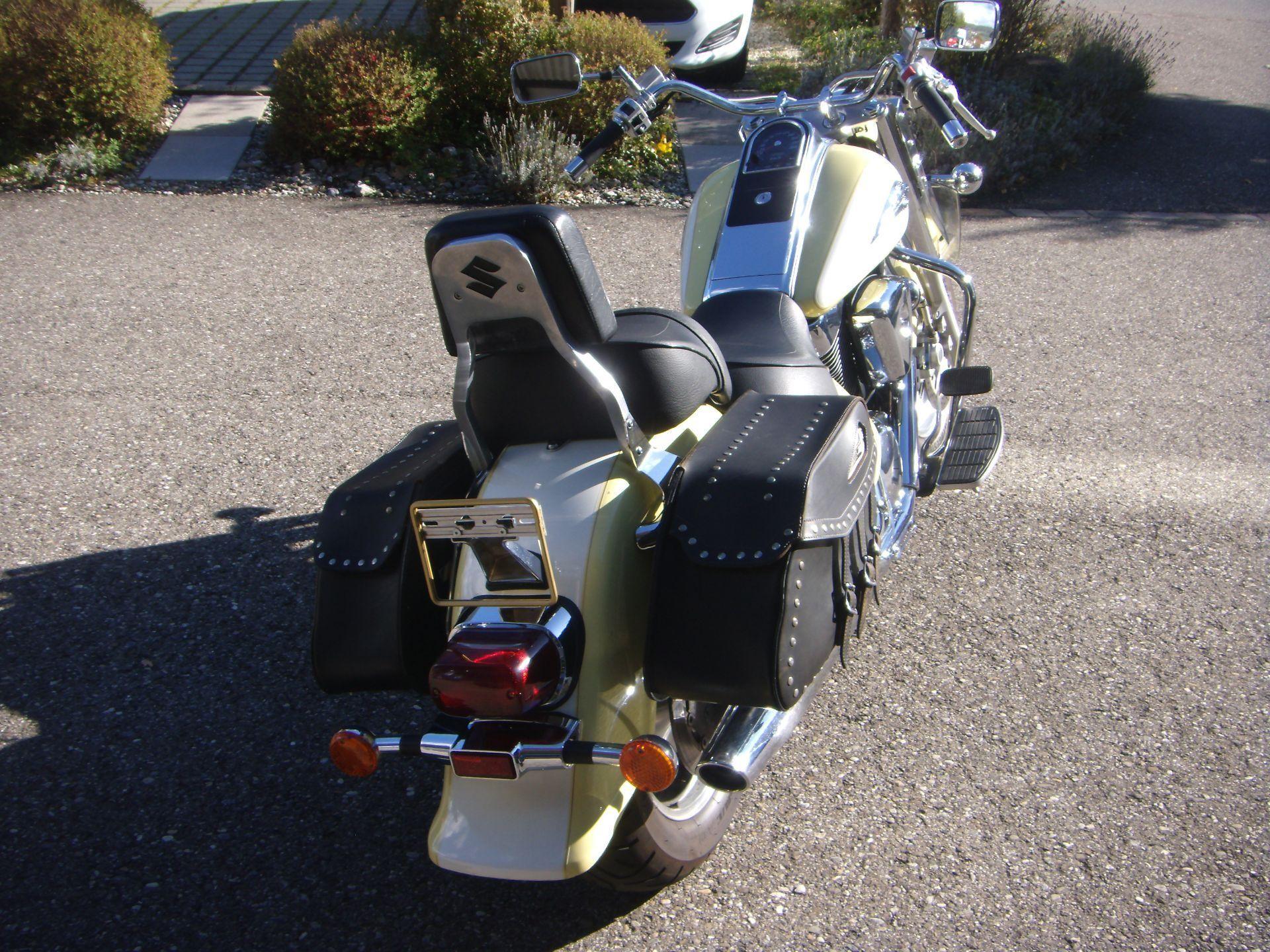 motorrad occasion kaufen suzuki vl 1500 intruder n o bike. Black Bedroom Furniture Sets. Home Design Ideas