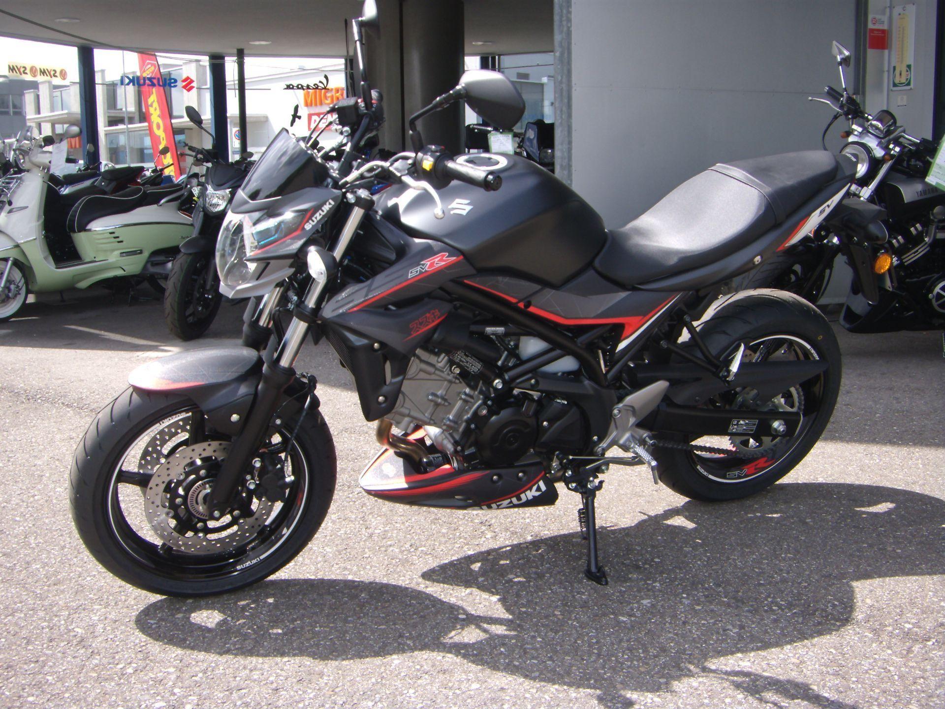 Motorrad Mieten & Roller Mieten SUZUKI SV 650 A ABS 35kW Sport Edition