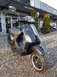 Motorrad Mieten & Roller Mieten PIAGGIO Vespa LXS 125 3Vie (Roller)