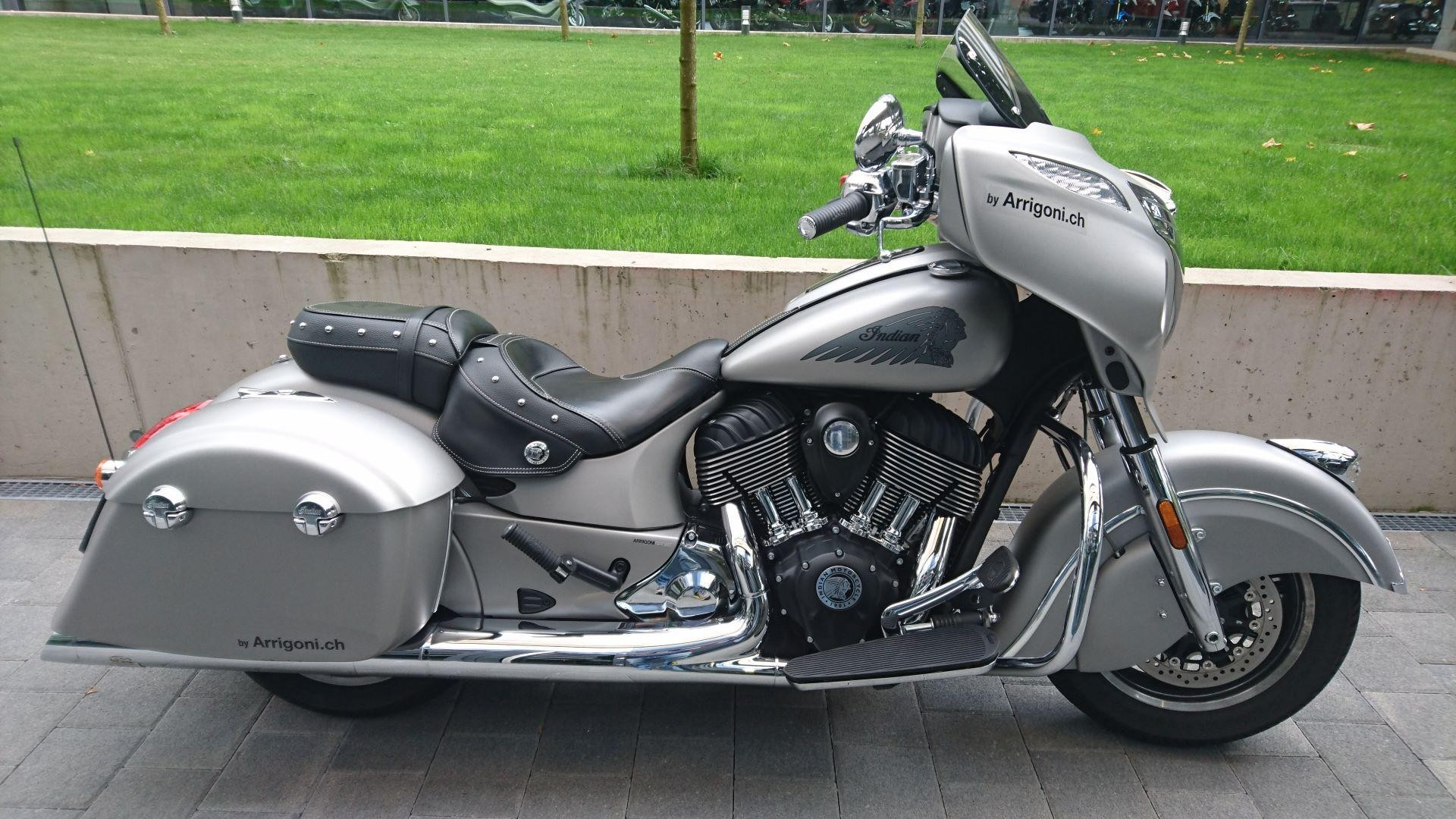 moto occasions acheter indian chieftain mit jekill hyde. Black Bedroom Furniture Sets. Home Design Ideas