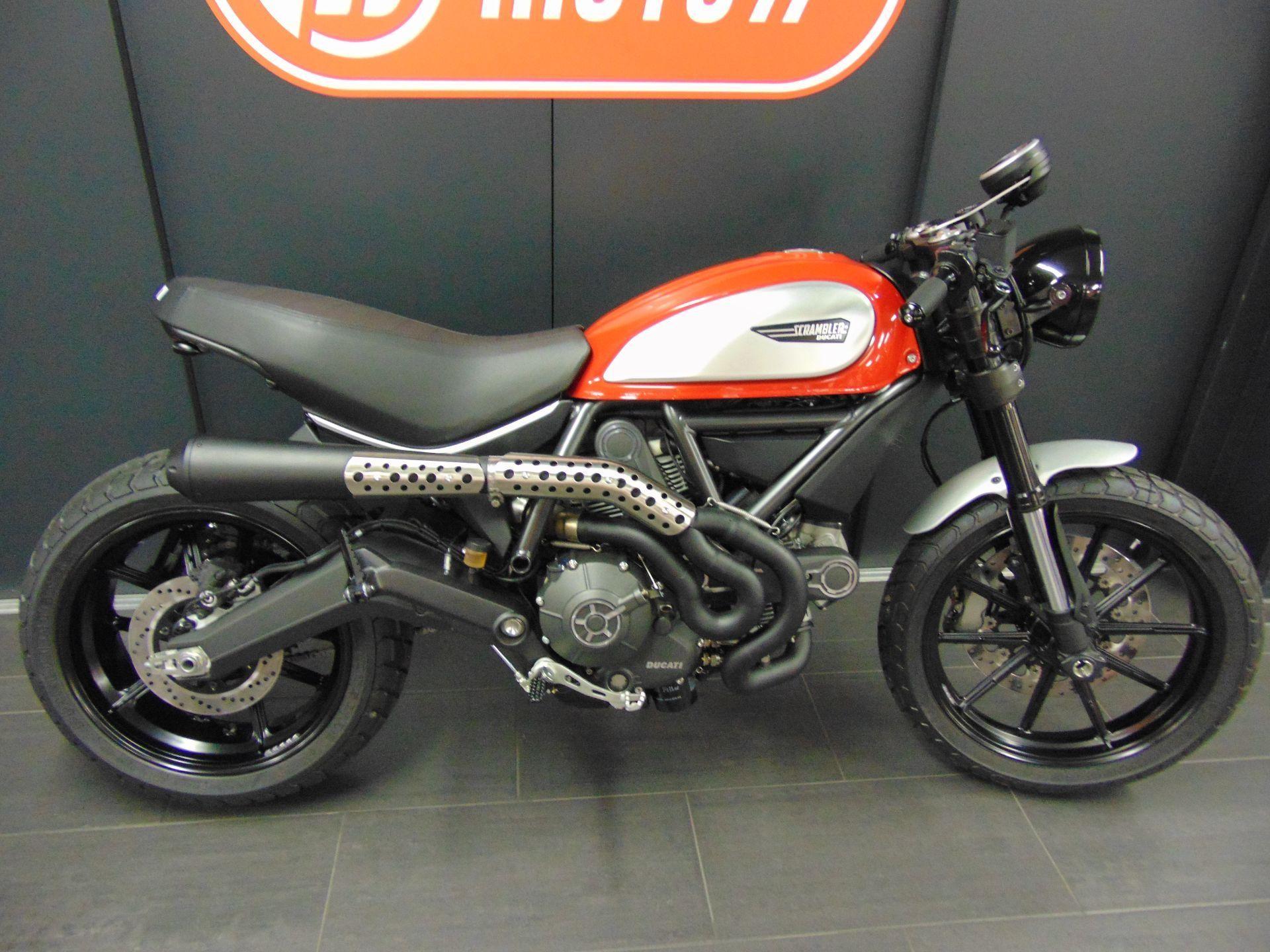 motorrad vorjahresmodell kaufen ducati 800 scrambler abs red racer moto77 ag frauenfeld. Black Bedroom Furniture Sets. Home Design Ideas