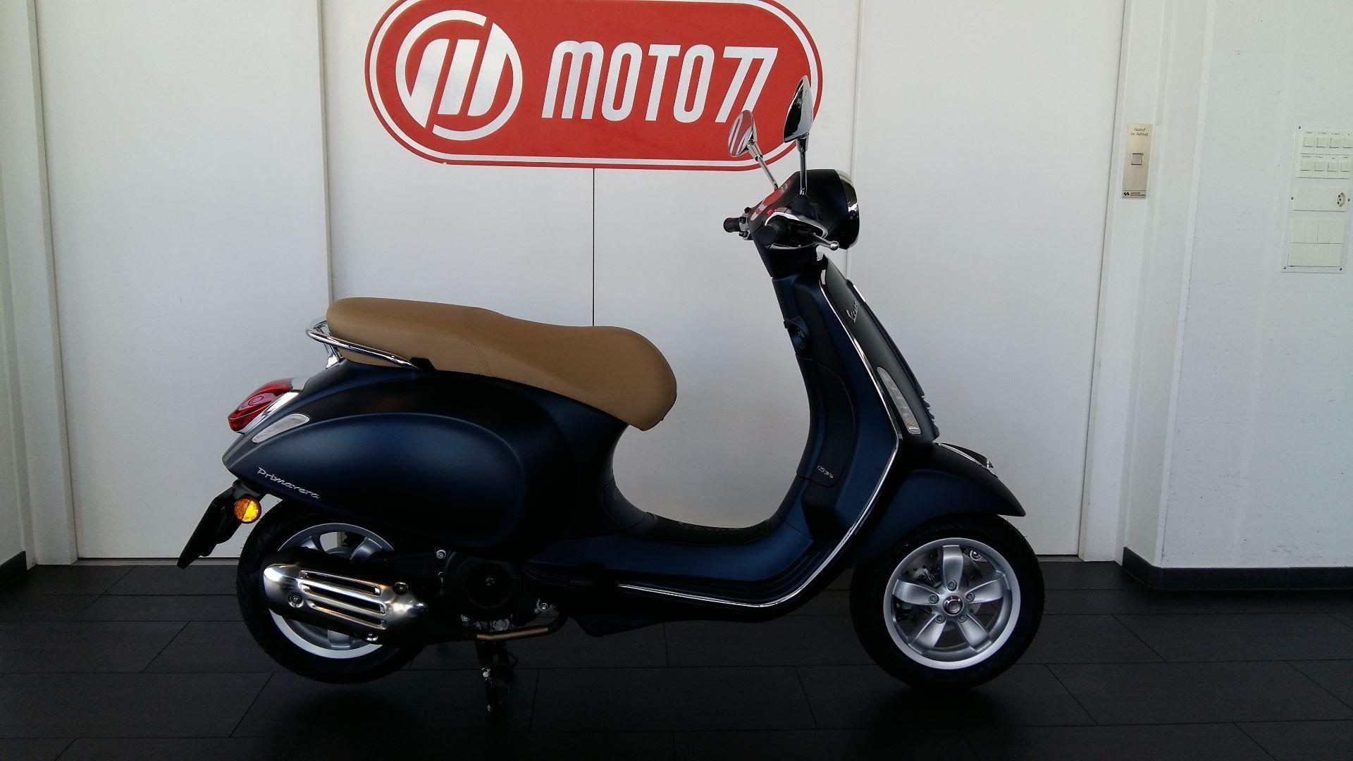 moto veicoli nuovi acquistare piaggio vespa primavera 125 abs iget blue edition moto77 ag frauenfeld. Black Bedroom Furniture Sets. Home Design Ideas