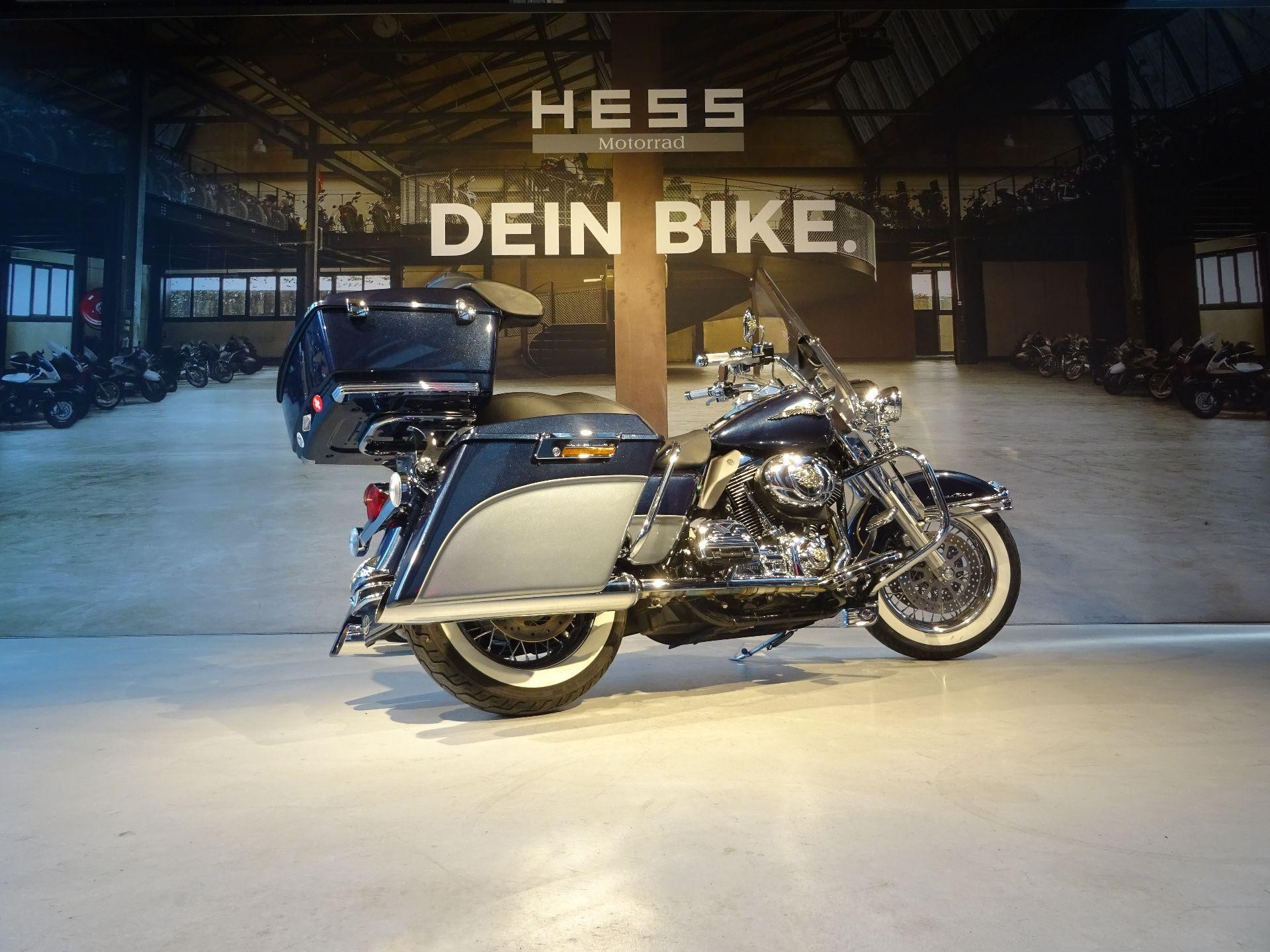 moto occasions acheter harley davidson flhrc 1584 road king classic hess motorrad stettlen. Black Bedroom Furniture Sets. Home Design Ideas
