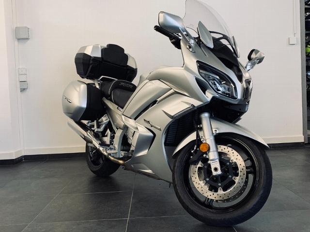 Motorrad kaufen YAMAHA FJR 1300 A ABS Occasion