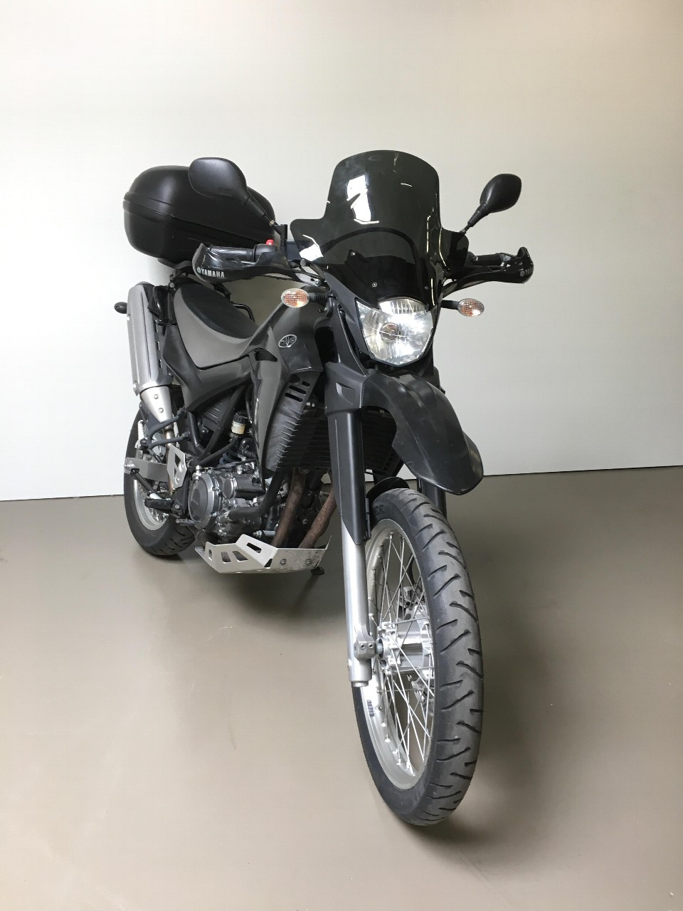 moto occasions acheter yamaha xt 660 r yamaha center sion sion. Black Bedroom Furniture Sets. Home Design Ideas