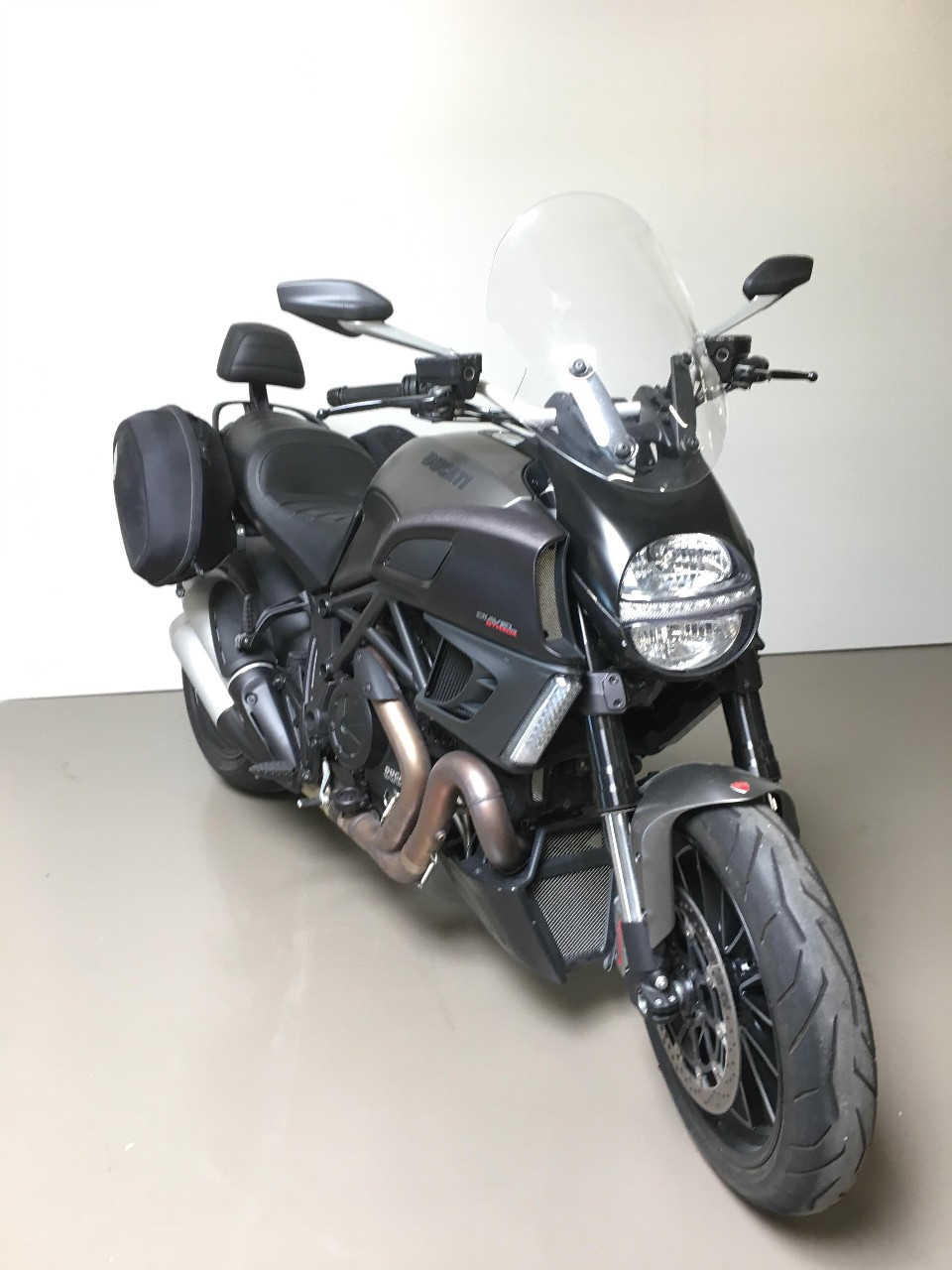 motorrad occasion kaufen ducati 1198 diavel carbon abs yamaha center sion sion. Black Bedroom Furniture Sets. Home Design Ideas