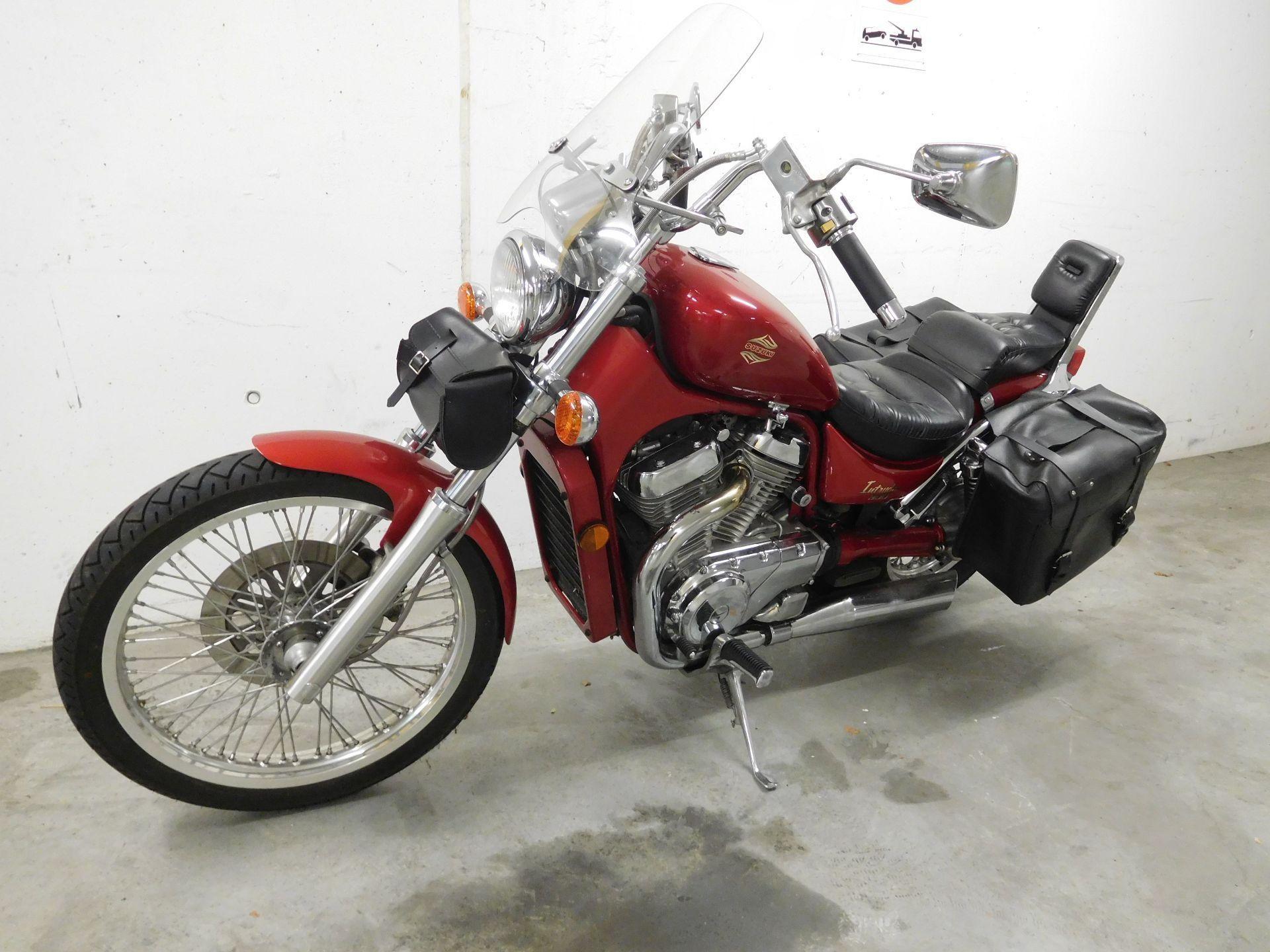 moto occasions acheter suzuki vs 800 gl intruder tmotorcycles gmbh z rich. Black Bedroom Furniture Sets. Home Design Ideas