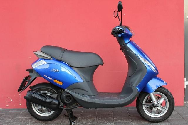 Motorrad kaufen PIAGGIO Zip 50 Occasion