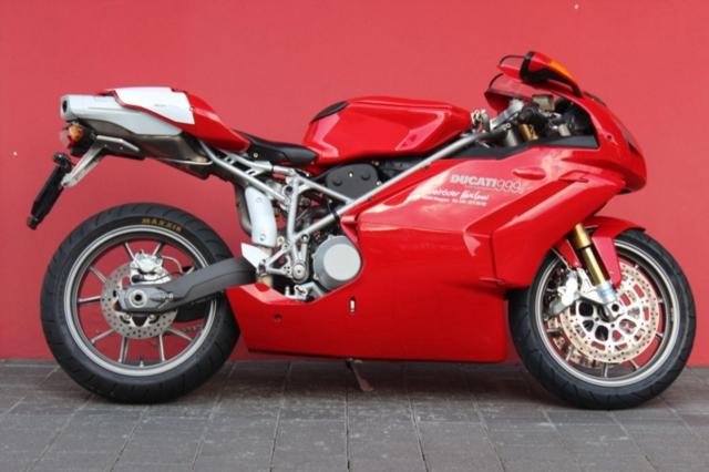 Motorrad kaufen DUCATI 999 S Mono Vorführmodell