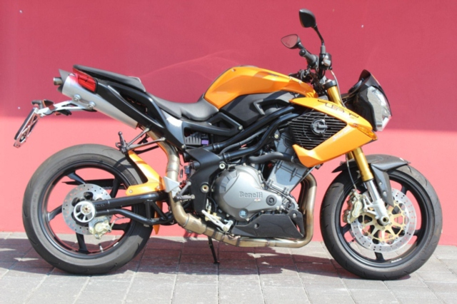 Motorrad kaufen BENELLI TNT 899 Sport Neufahrzeug