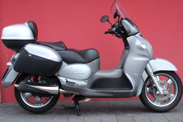 Motorrad kaufen APRILIA Scarabeo 500 Occasion