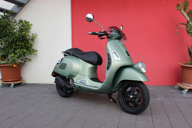 Motorrad kaufen PIAGGIO Vespa GTV 300 Sei Giorni Occasion