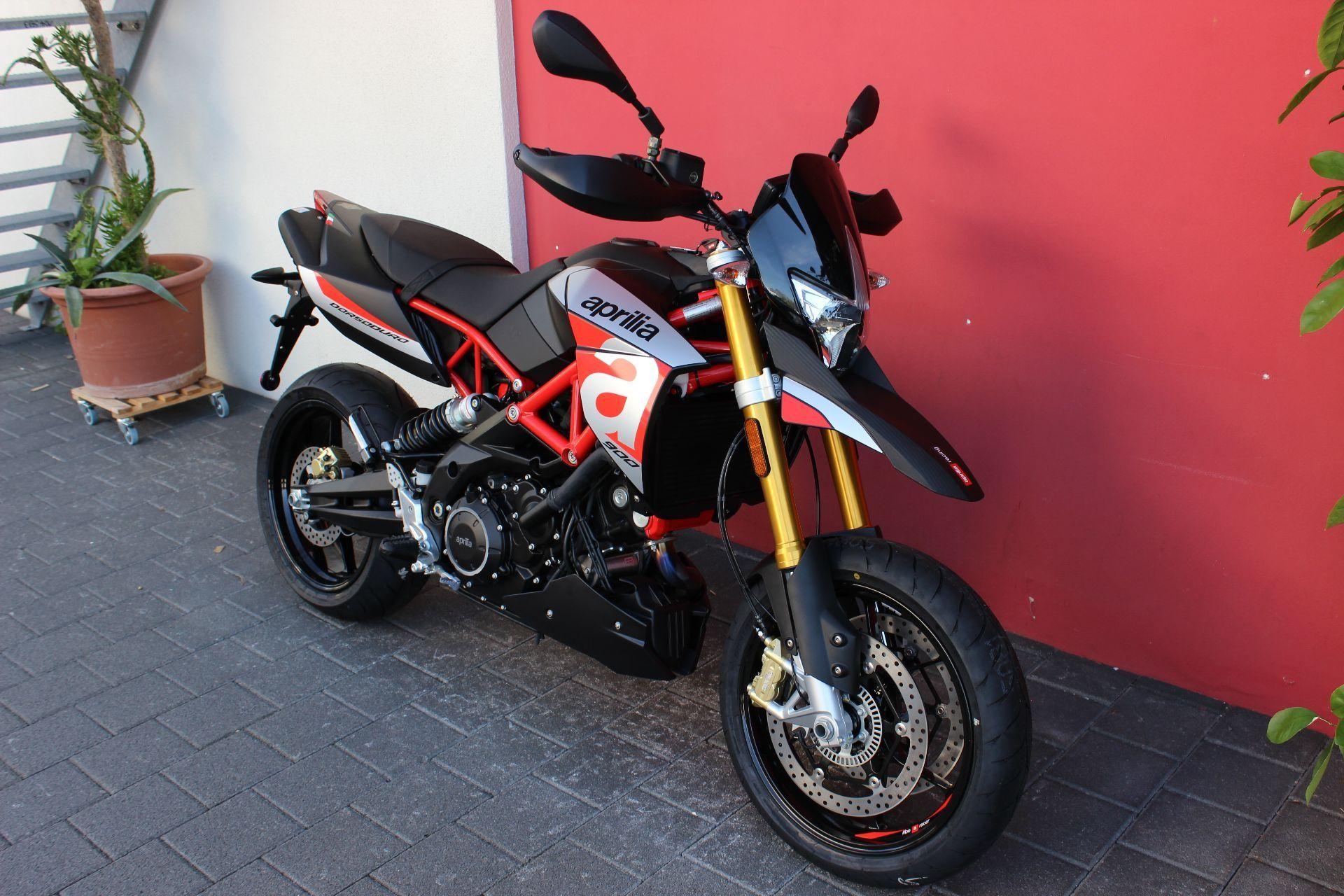 buy motorbike new vehicle bike aprilia dorsoduro 900 abs. Black Bedroom Furniture Sets. Home Design Ideas