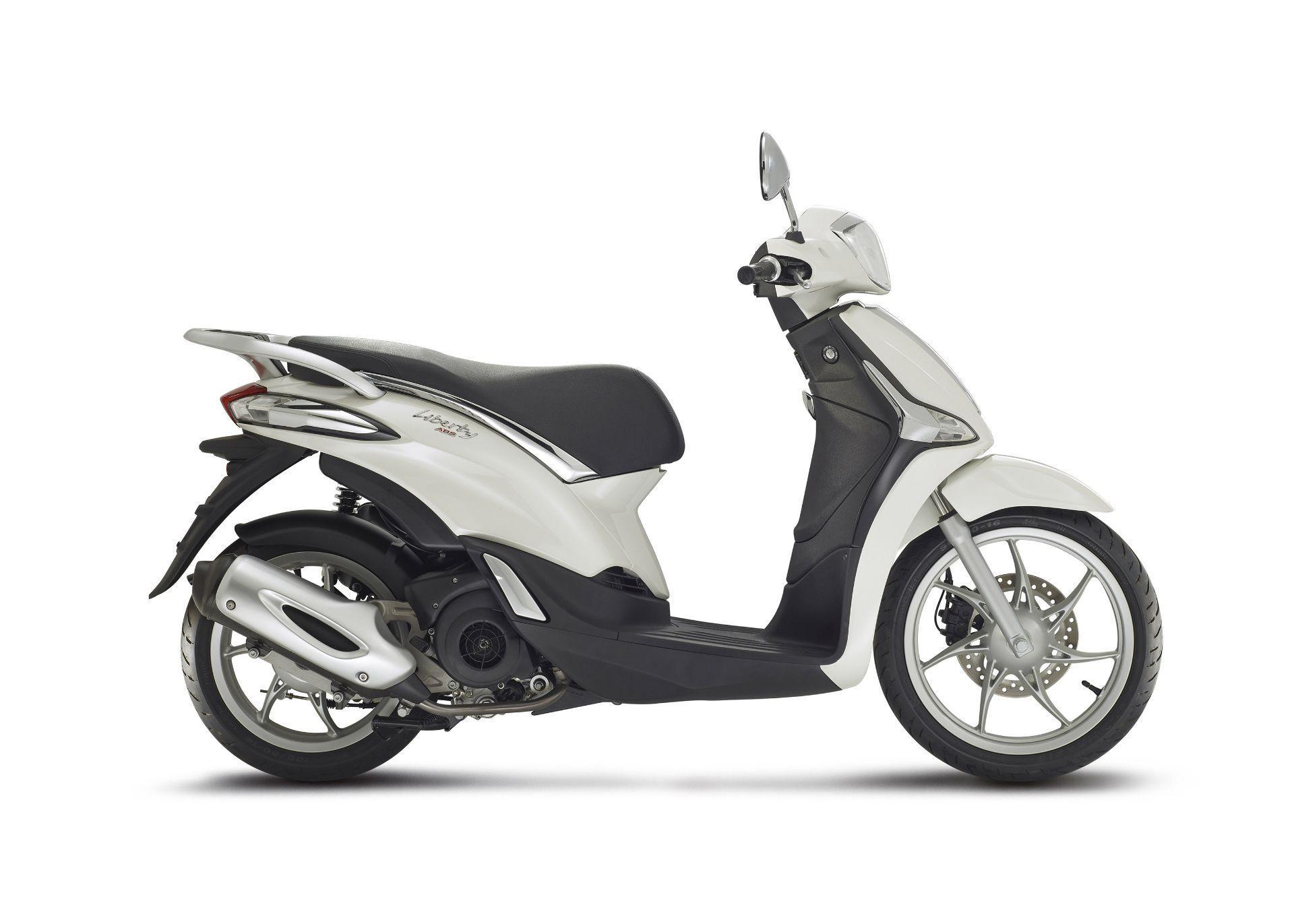 Motorrad Mieten & Roller Mieten PIAGGIO Liberty 125