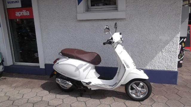 Motorrad kaufen PIAGGIO Vespa Primavera 125 ABS iGet Occasion