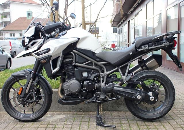 Motorrad kaufen TRIUMPH Tiger Explorer 1200 XR ABS ID 6746 Occasion