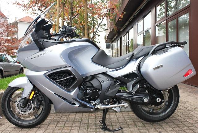 Motorrad kaufen TRIUMPH Trophy 1200 ABS ID 0002 Occasion