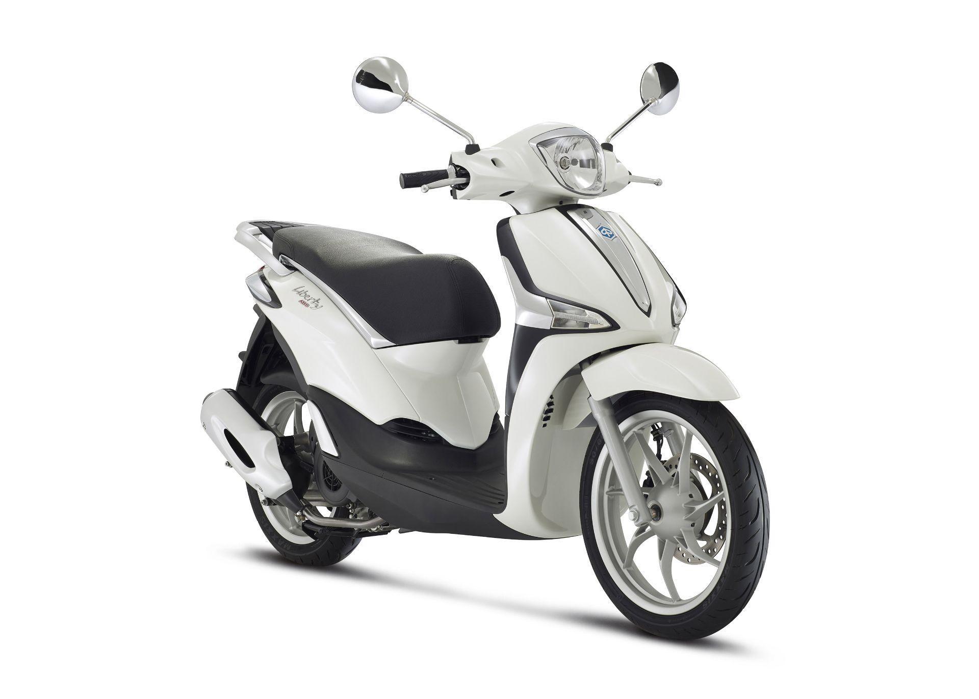 Motorrad Mieten & Roller Mieten PIAGGIO Liberty 125 iGet