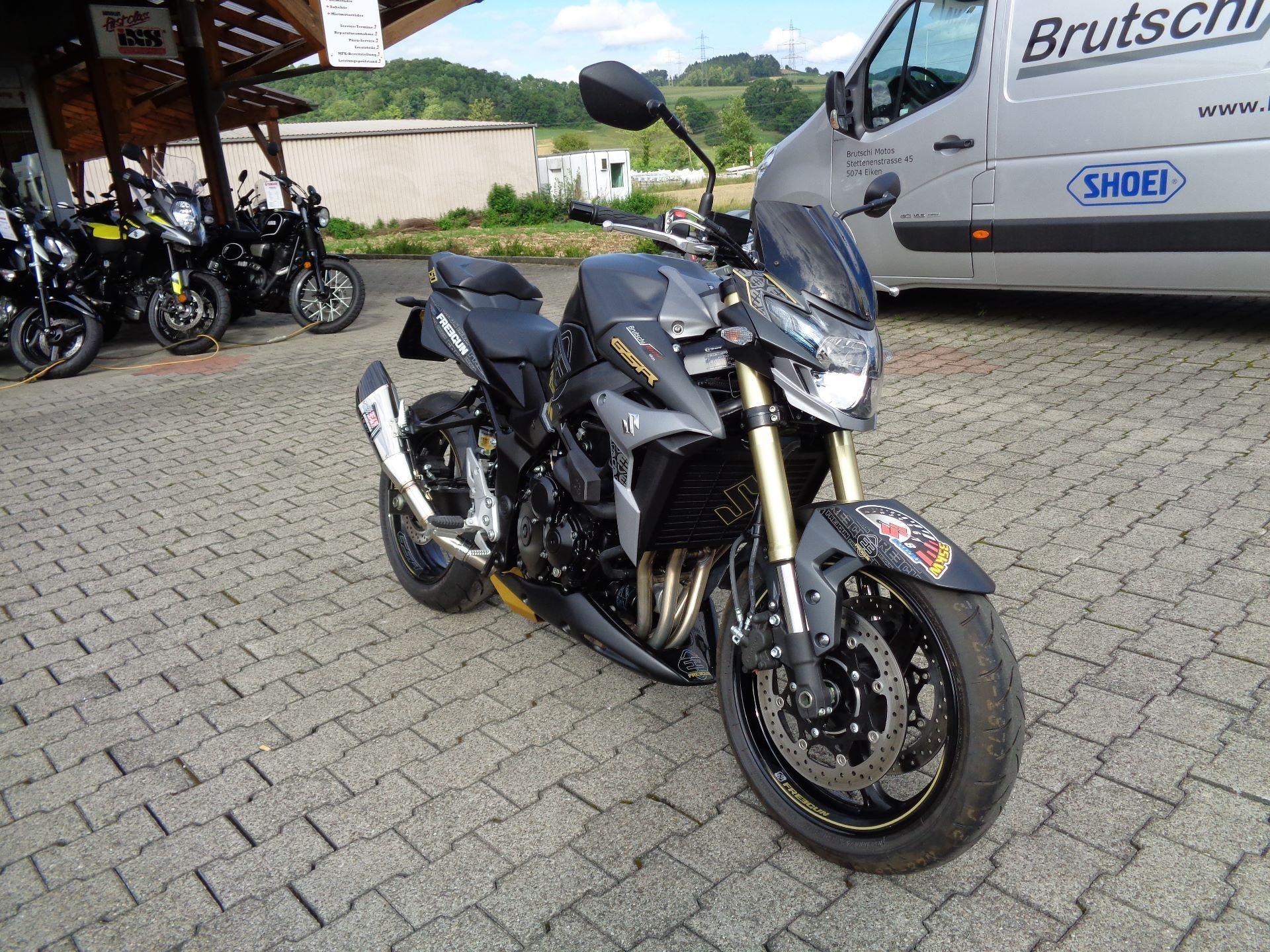 moto occasions acheter suzuki gsr 750 a brutschi motos eiken. Black Bedroom Furniture Sets. Home Design Ideas