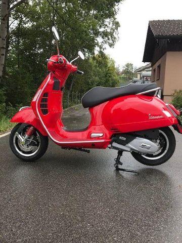 Acheter une moto PIAGGIO Vespa GTS 125 Super Démonstration