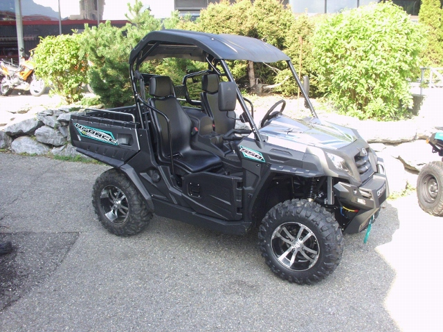 Motorrad kaufen CF MOTO UForce 550 E 4 Occasion