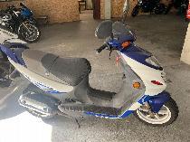 Motorrad kaufen Occasion SUZUKI AY 50 WR Katana (roller)
