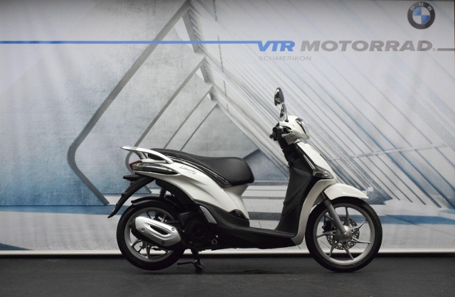 Motorrad kaufen PIAGGIO Liberty 125 iGet Sofort verfügbar! Neufahrzeug