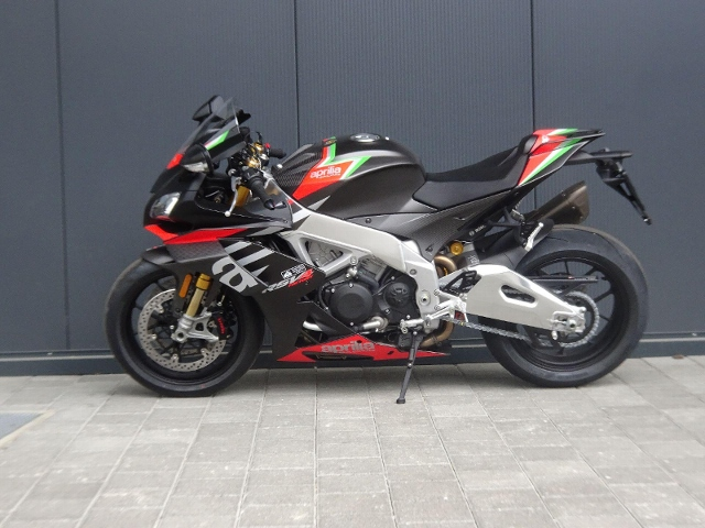 Motorrad kaufen APRILIA RSV 4 RF 1100 Neufahrzeug