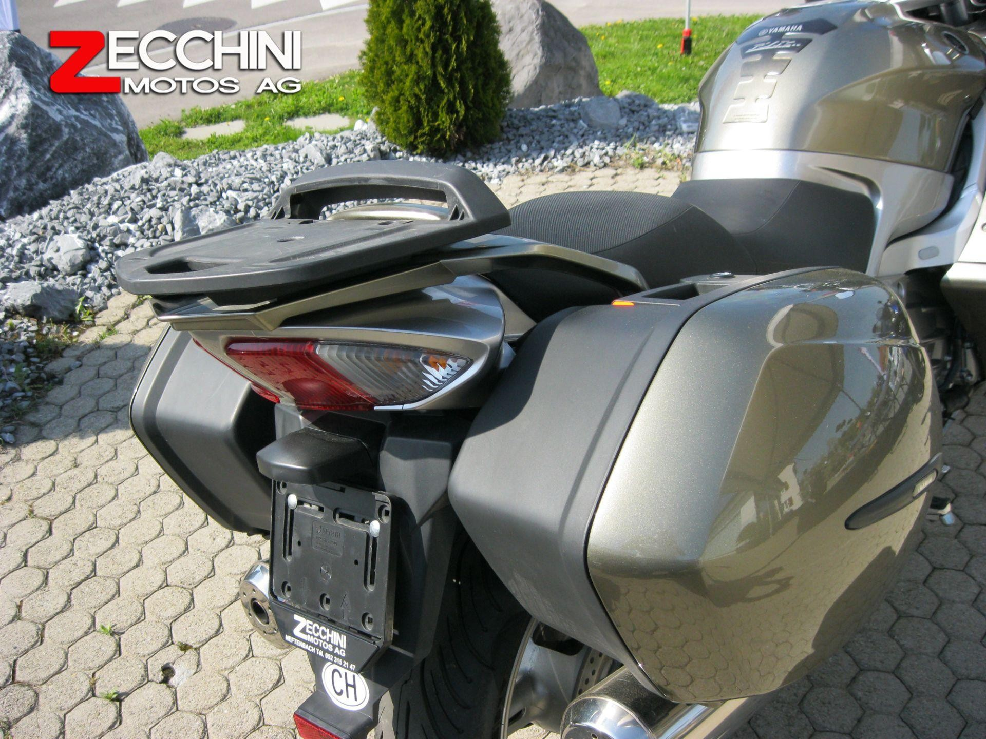 motorrad occasion kaufen yamaha fjr 1300 abs zecchini motos ag neftenbach. Black Bedroom Furniture Sets. Home Design Ideas