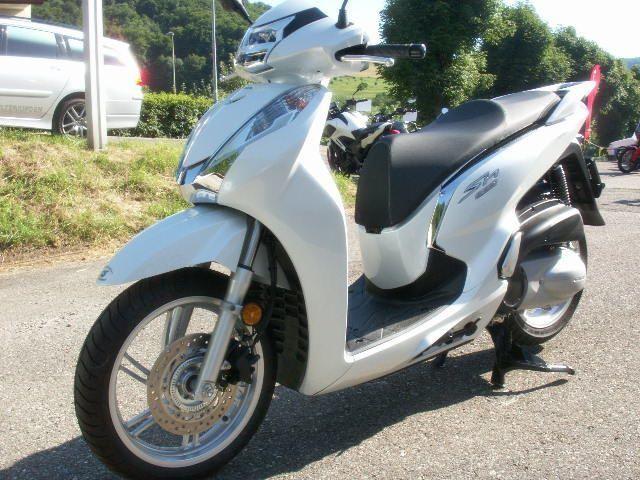 buy motorbike new vehicle bike honda sh 300 i a abs kmh. Black Bedroom Furniture Sets. Home Design Ideas
