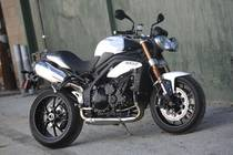 Motorrad kaufen Neufahrzeug TRIUMPH Speed Triple 1050 ABS (naked)