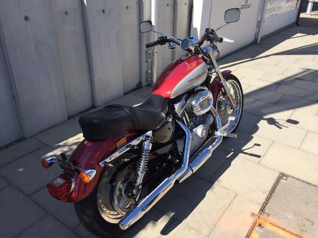 Motorrad kaufen HARLEY-DAVIDSON XLH 883 53C Sportster 25kW Cüss und furt Priis Occasion