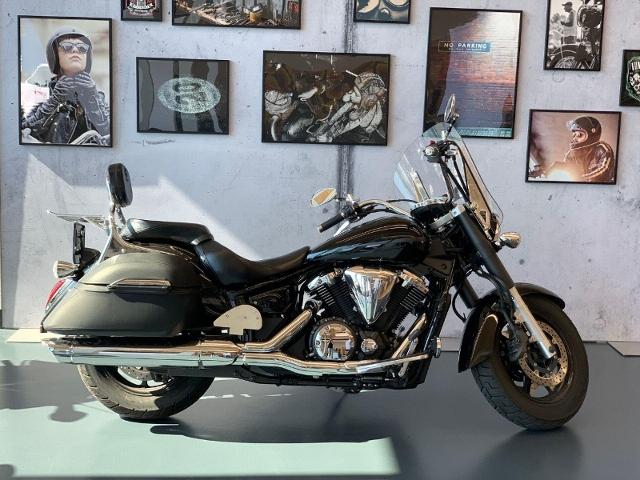 Motorrad kaufen YAMAHA XVS 1300 A Midnight Star Occasion