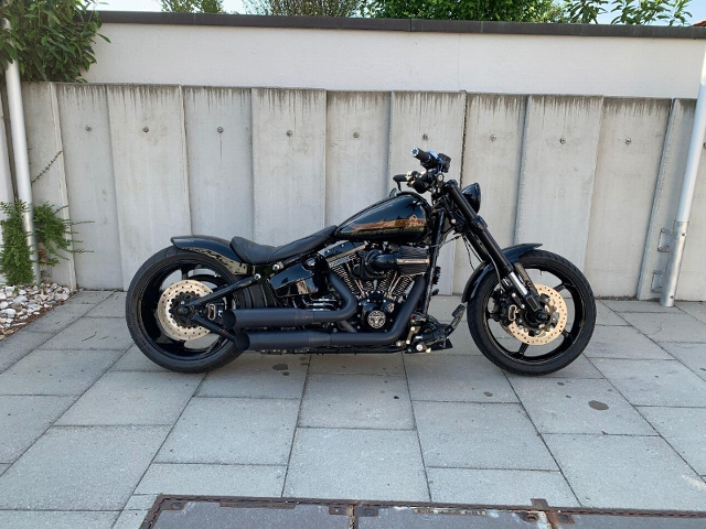 Acheter une moto HARLEY-DAVIDSON FXSE 1801 CVO Pro Street Breakout ABS Occasions