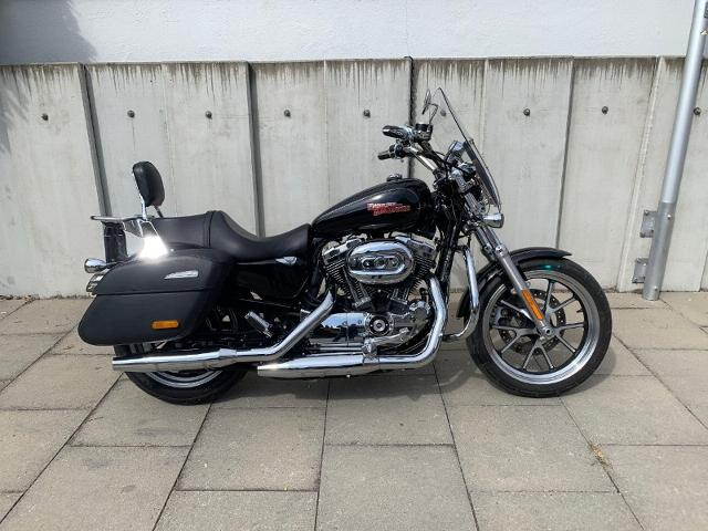 Motorrad kaufen HARLEY-DAVIDSON XL 1200 T Sportster Superlow Occasion