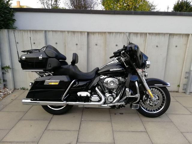 Motorrad kaufen HARLEY-DAVIDSON FLHTK 1690 Electra Glide Ultra Limited Occasion