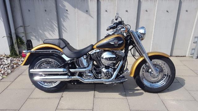 Motorrad kaufen HARLEY-DAVIDSON FLSTF 1690 Softail Fat Boy ABS Jetzt durchladen... Occasion
