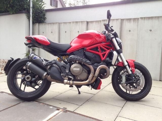 Motorrad kaufen DUCATI 1200 Monster ABS Januarlochpreis Occasion