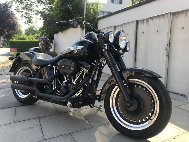 Motorrad kaufen HARLEY-DAVIDSON FLSTFBS 1801 Softail Fat Boy S ABS Occasion