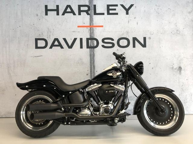 Motorrad kaufen HARLEY-DAVIDSON FLSTFB 1690 Softail Fat Boy Special ABS Occasion