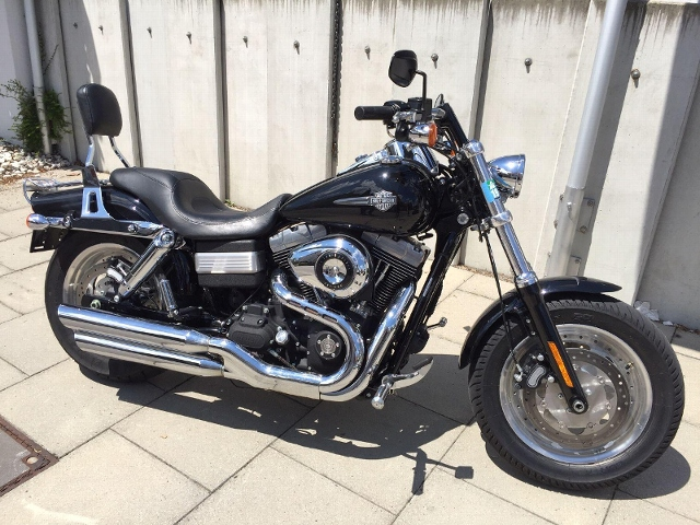 Motorrad kaufen HARLEY-DAVIDSON FXDF 1584 Dyna Fat Bob Schwarzer Baron Occasion