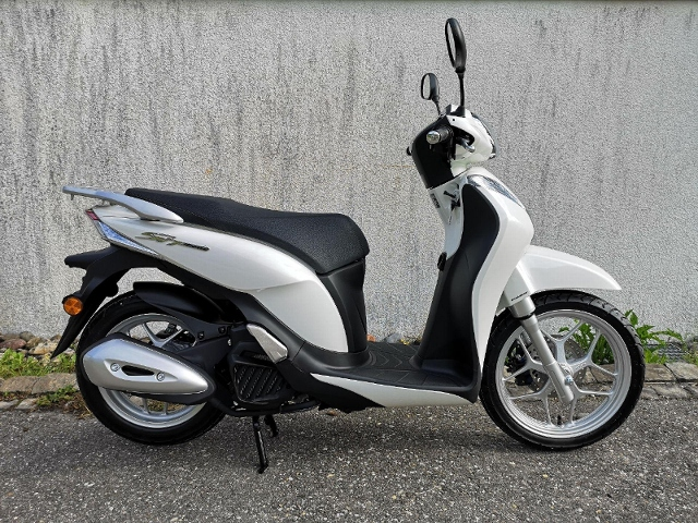 Motorrad kaufen HONDA ANC 125  Start-Stopp Automatik Neufahrzeug
