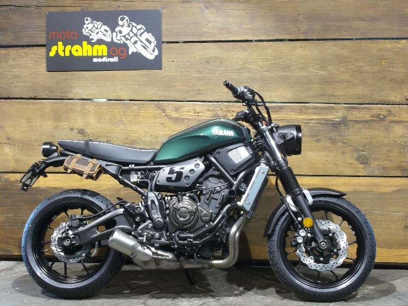 moto veicoli nuovi acquistare yamaha xsr 700 abs moto. Black Bedroom Furniture Sets. Home Design Ideas