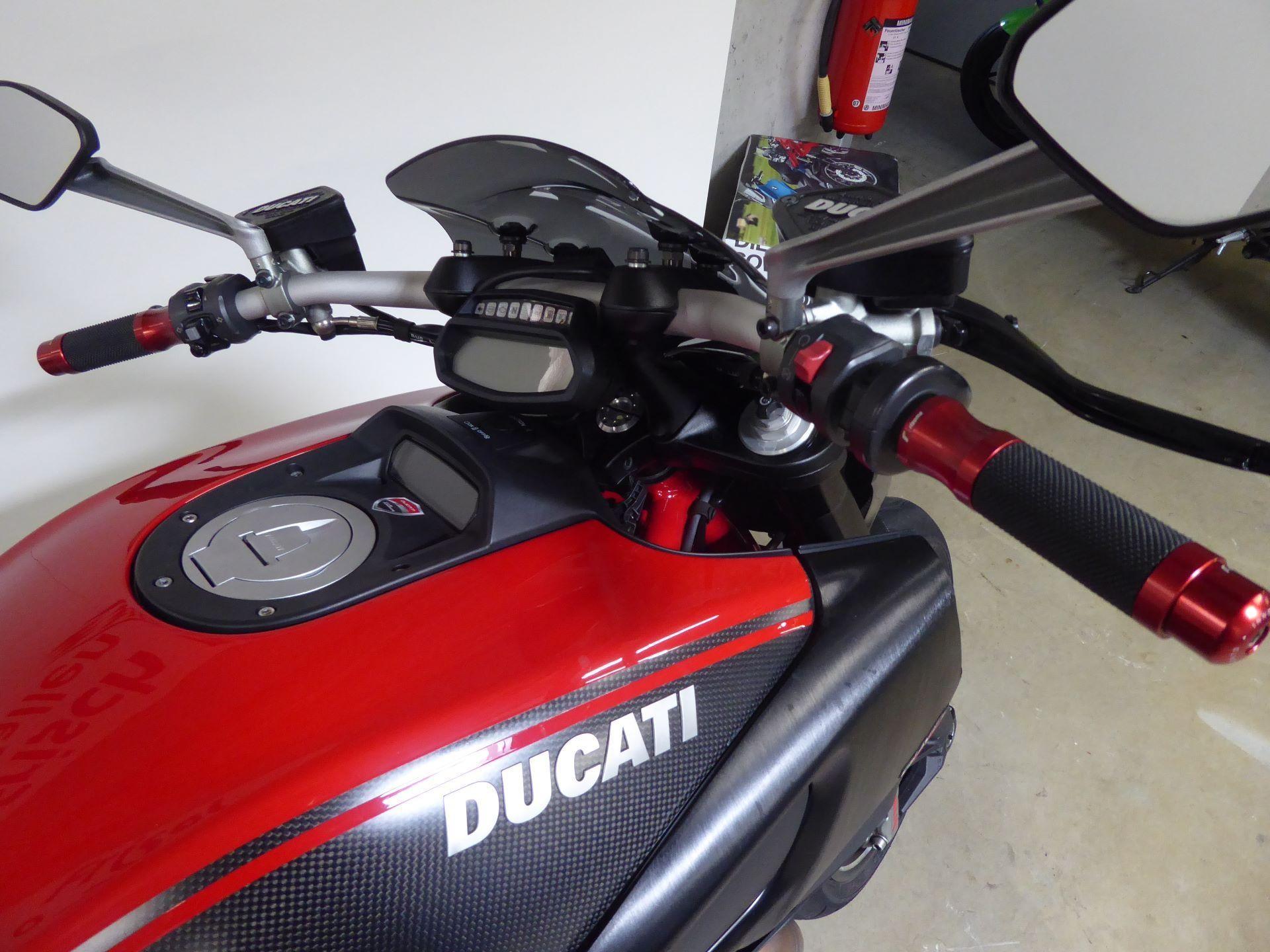motorrad occasion kaufen ducati 1198 diavel carbon abs ren frisch ag st gallen. Black Bedroom Furniture Sets. Home Design Ideas