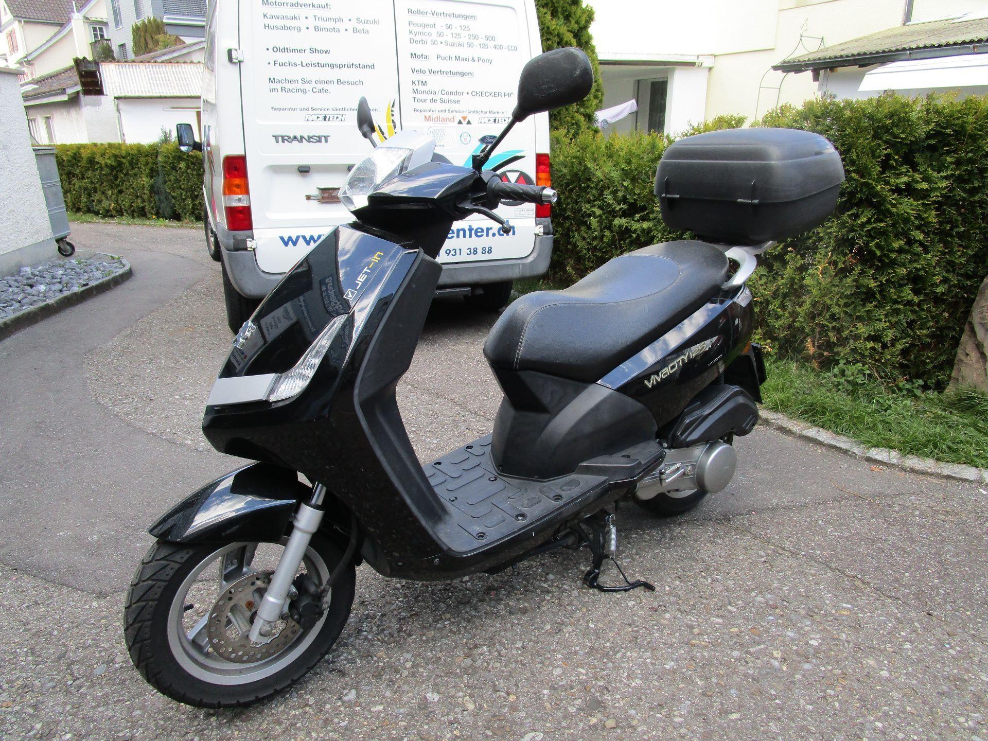 moto occasions acheter peugeot vivacity 125 zweiradcenter toggenburg l tisburg. Black Bedroom Furniture Sets. Home Design Ideas