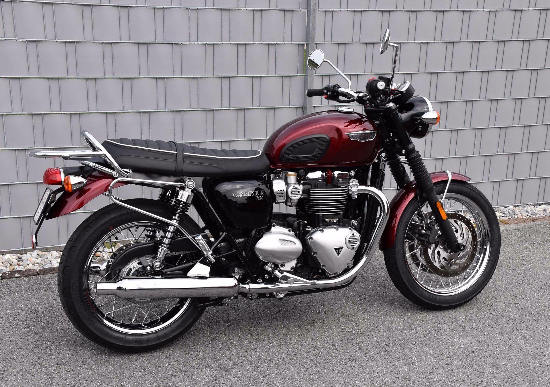 moto occasioni acquistare triumph bonneville t120 1200 abs st dler motos ag widnau. Black Bedroom Furniture Sets. Home Design Ideas