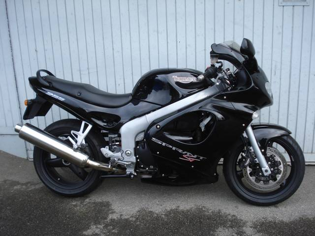 Motorrad kaufen TRIUMPH Sprint 955 ST I.E. Occasion