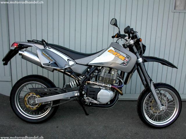 Motorrad kaufen CCM 604 E SUPERMOTO Occasion